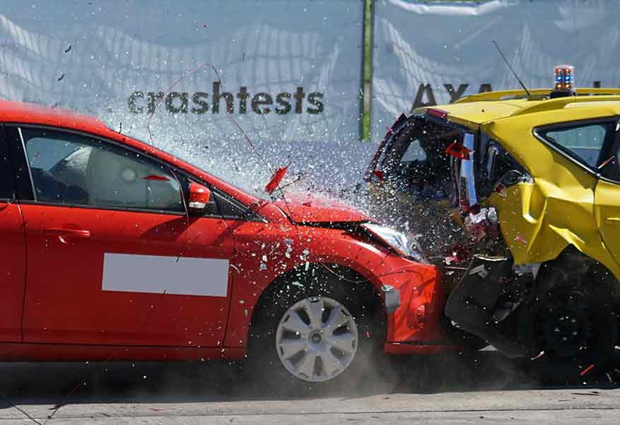KFZ Versicherung Crashtest